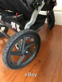 BOB Revolution SE Duallie Twin Double Jogging Stroller Jog Walk Exercise