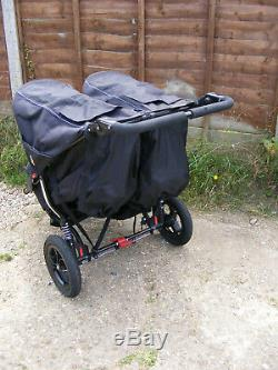 Black Out n About Nipper 360 V4 Double Seat All Terrain Twin Buggy Pushchair