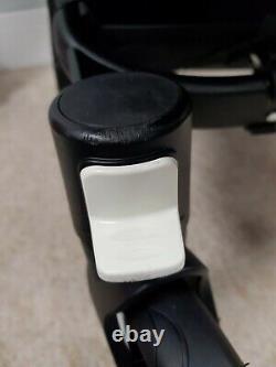 Bugaboo Donkey 2 TWIN Black with new Donkey3 parts double refurbished pram