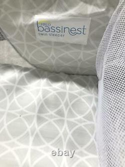 Halo Bassinest Twin Sleeper Double Bassinet Infant Baby Crib À Sand Circle