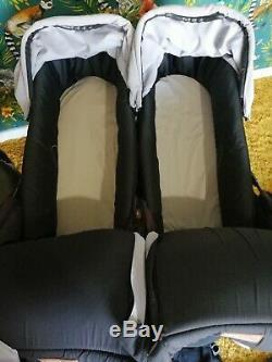 Mountain Buggy Duo V3 Avec Rain Cover & Twin / 2 Plus Nacelles